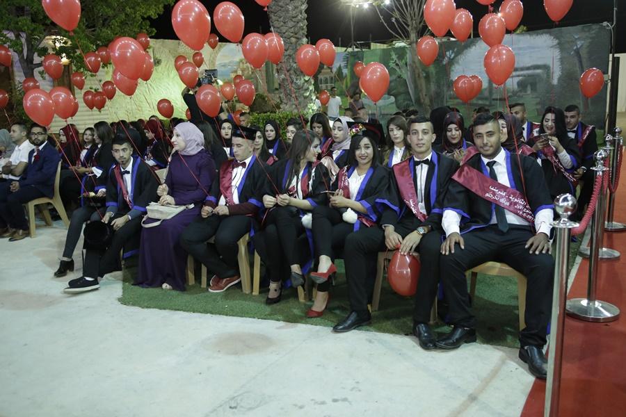 مدرسة آفاق الثانويّة في كفر مندا تخرّج فوجها الأوّل