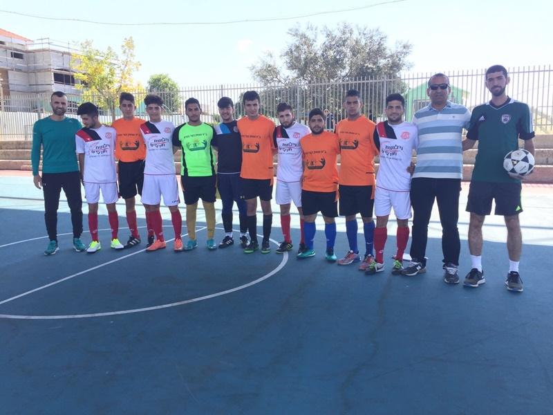 منتخب كرة القدم المصغر في مدرسة آفاق الثانويّة ينتقل الى المرحلة النهائية