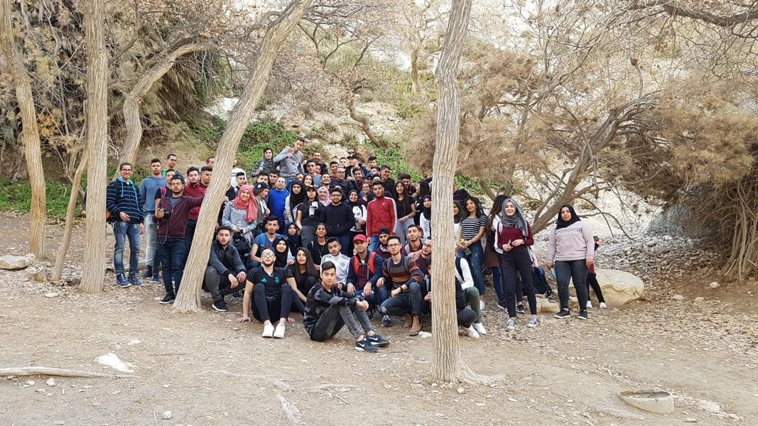 المعسكر التربوي لطلاب الثواني عشر