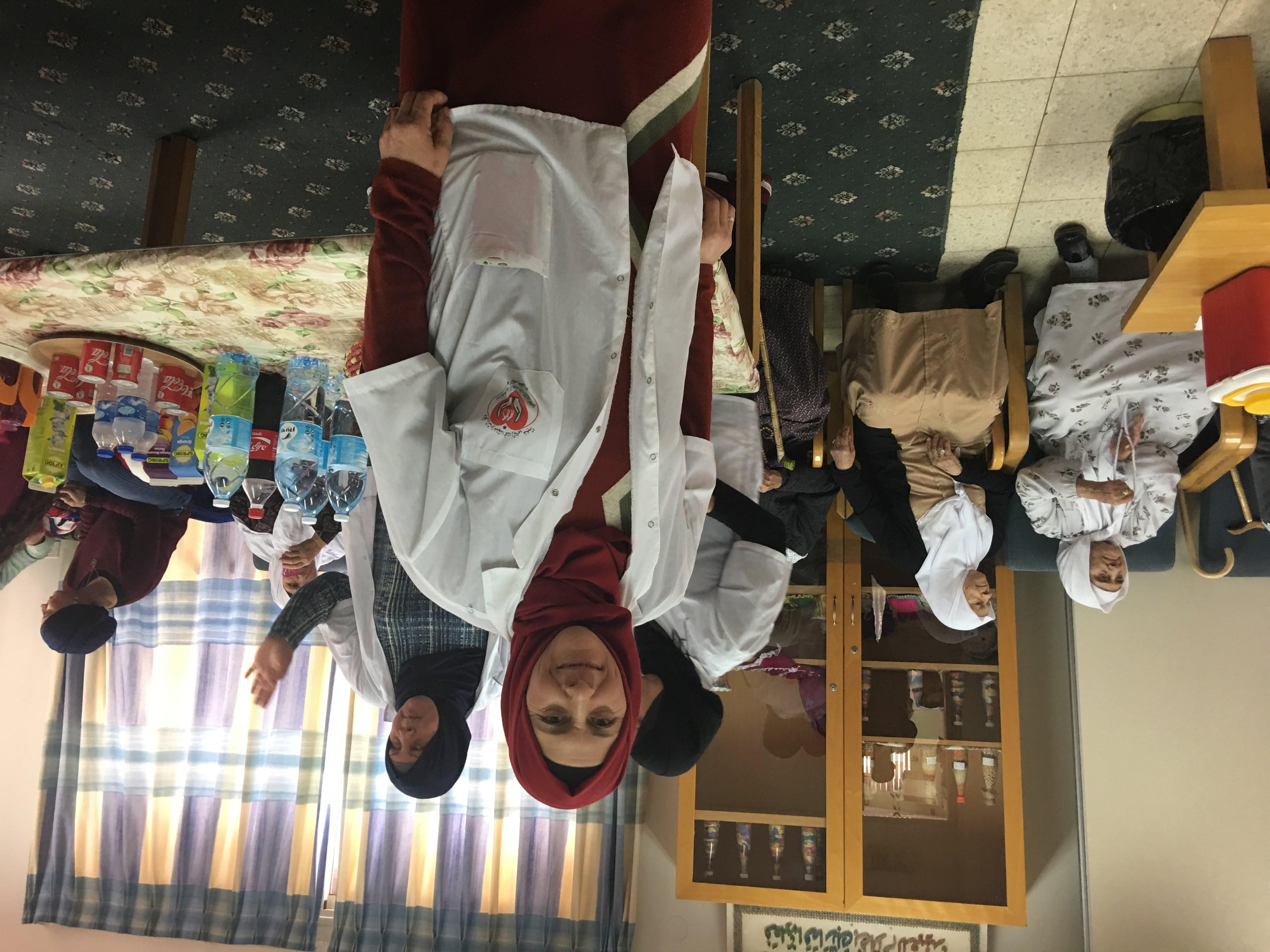 مبادرة رائعة لطلاب الكيمياء في مدرسة افاق الثانوية