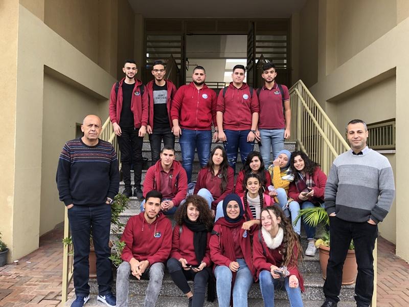 الطالب عاطف حوشان رئيس مجلس الطلاب البلدي