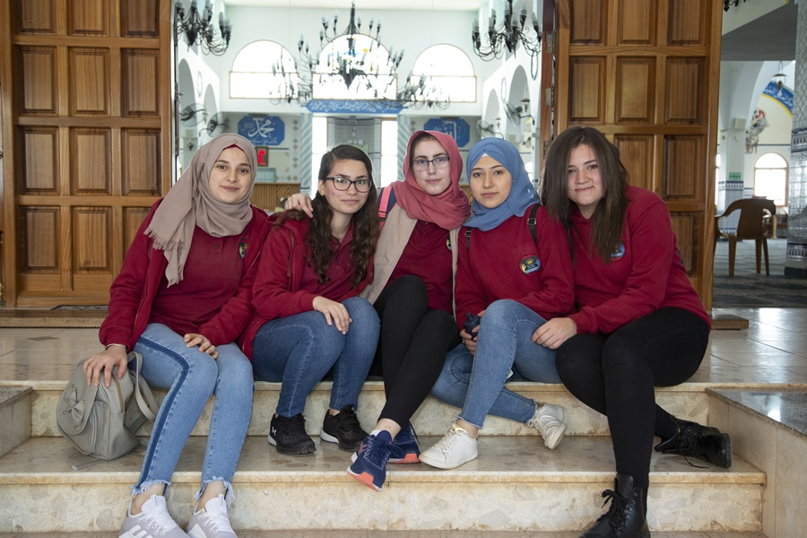 مدرسة آفاق الثانوية تستقبل طلاب البعثة الألمانية