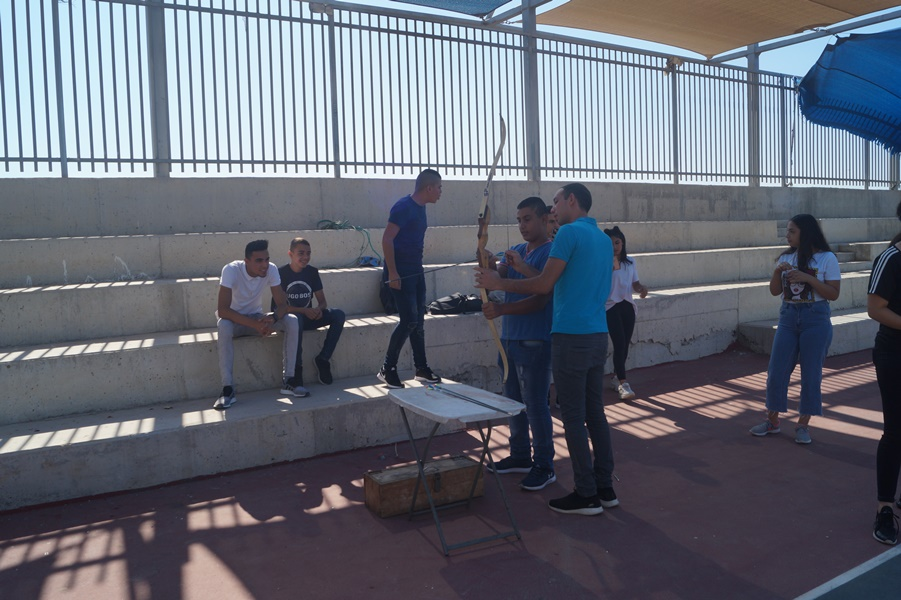 مشروع ديكاتوس في مدرسة آفاق الثانوية
