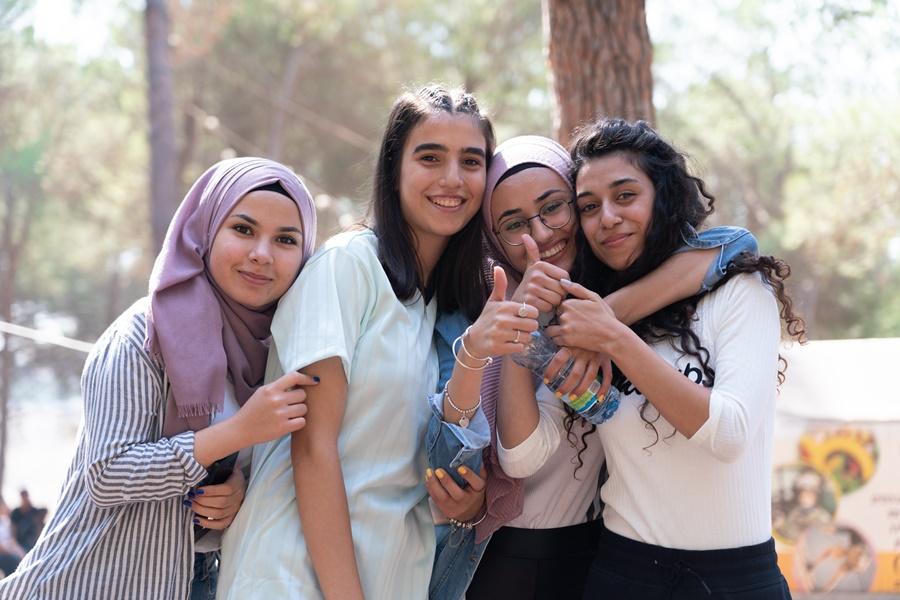 مدرسة آفاق  الثانوية كفرمندا تنظم يوما رياضيا لطلاب الصف الثاني عشر